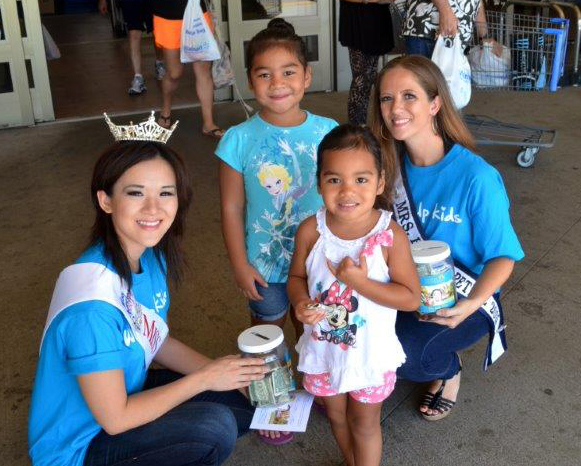 Beauty Queens Volunteer to Raise Funds for Family Programs Hawaii